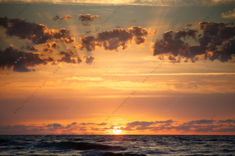 La puesta de sol en el mediterr neo desde alejandr a for Puesta de sol